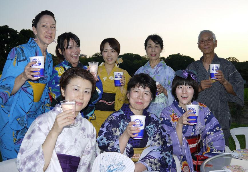 yukata japan souvenir party