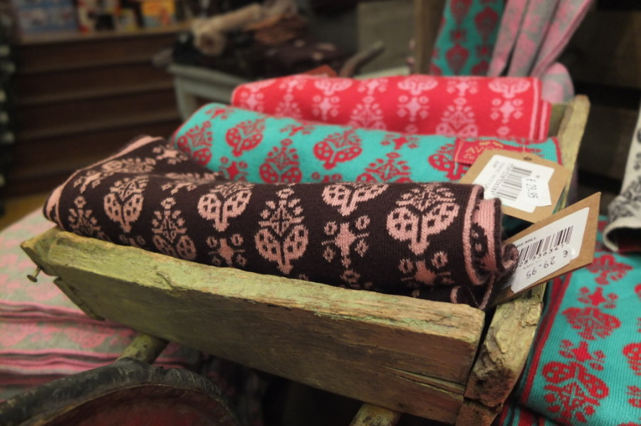 souvenir shopping Dublin Avoca wool sc