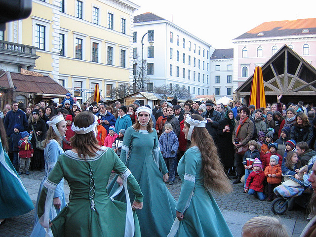 munich medieval best christmas market renaissance dancers