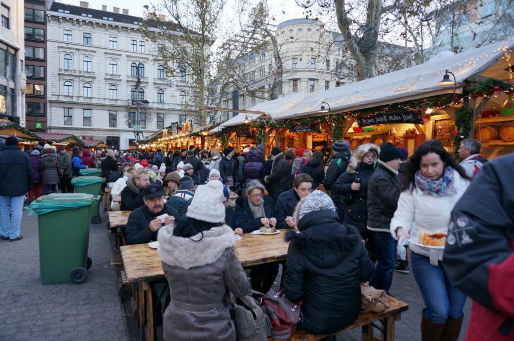 budapest christmas market fair hungarian food