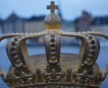 swedish crown on bridge