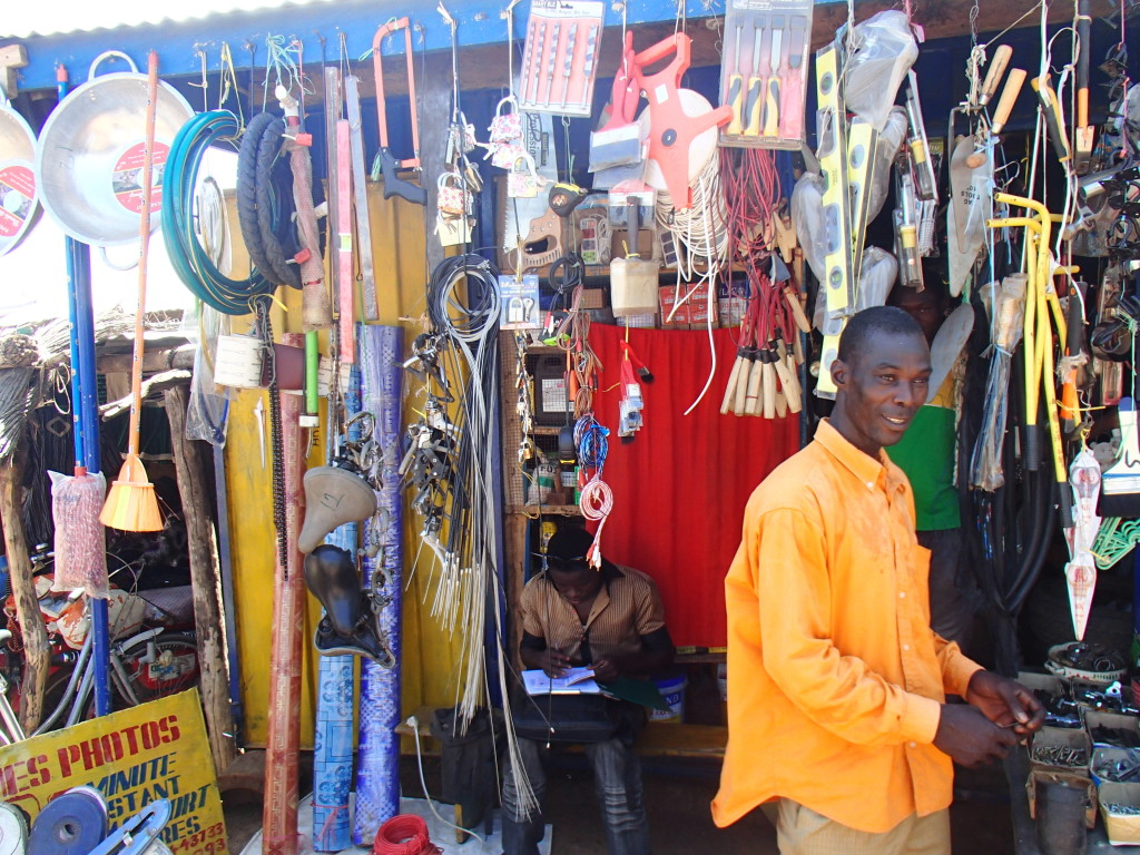 market goods in ghana africa souvenirs