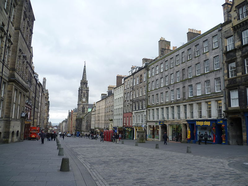 800px-The_High_Street,_Edinburgh