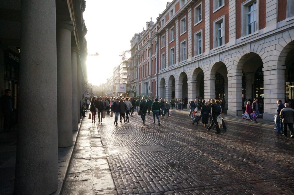 Shopping in Convent Garden London street souvenir