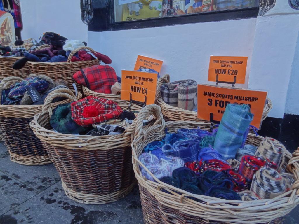 cheap discount souvenirs royal mile edinburgh