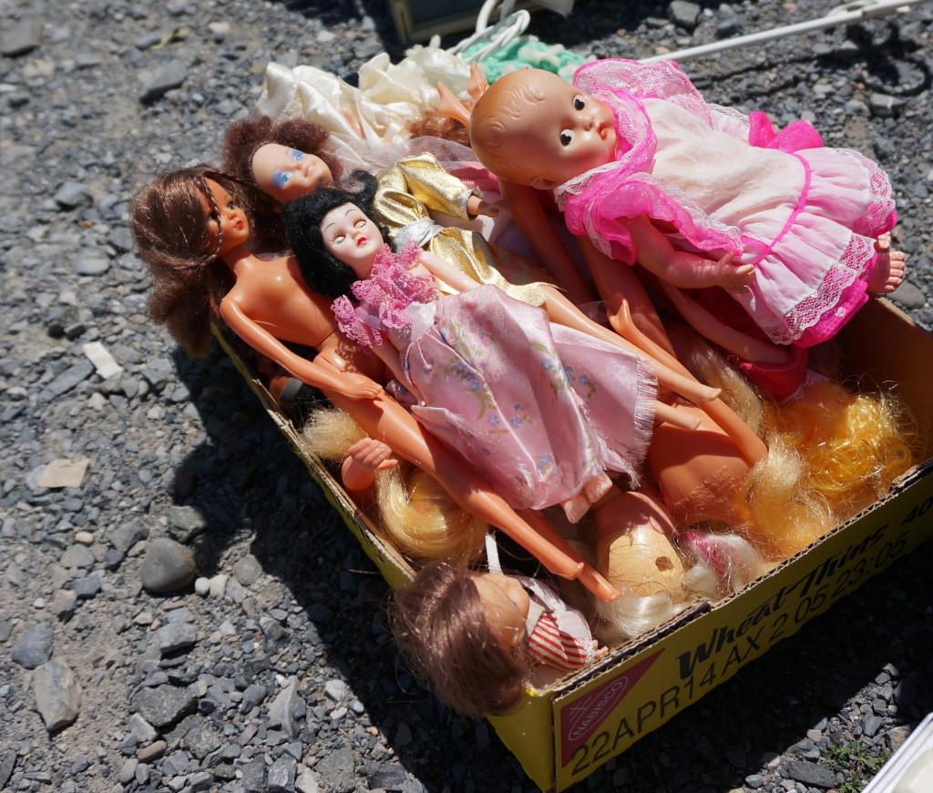 Box o dolls