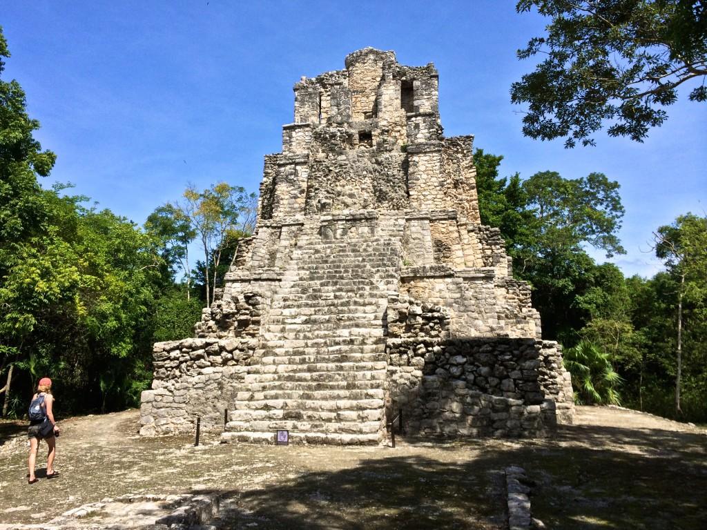mexico ruins tulum empty no people