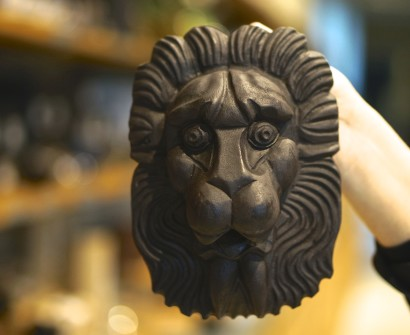 lion mask vasa ship souvenir gift shop stockholm