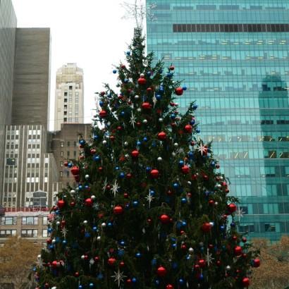 bryant park holiday christmas market winter wonderland tree
