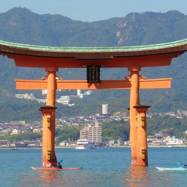 Miyajima shrine water japan boats