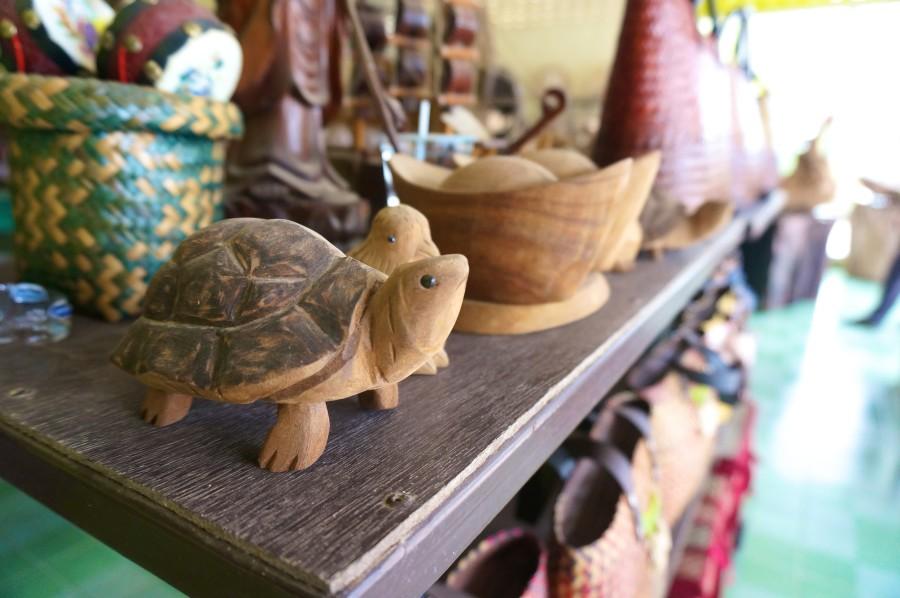 thai wood carving turtle