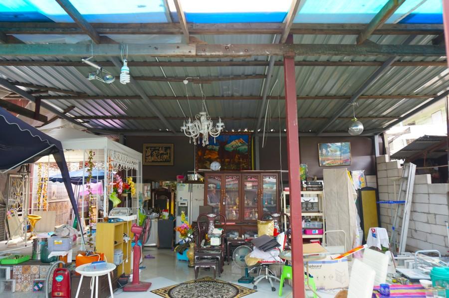 thailand bangkok vintage antique shop