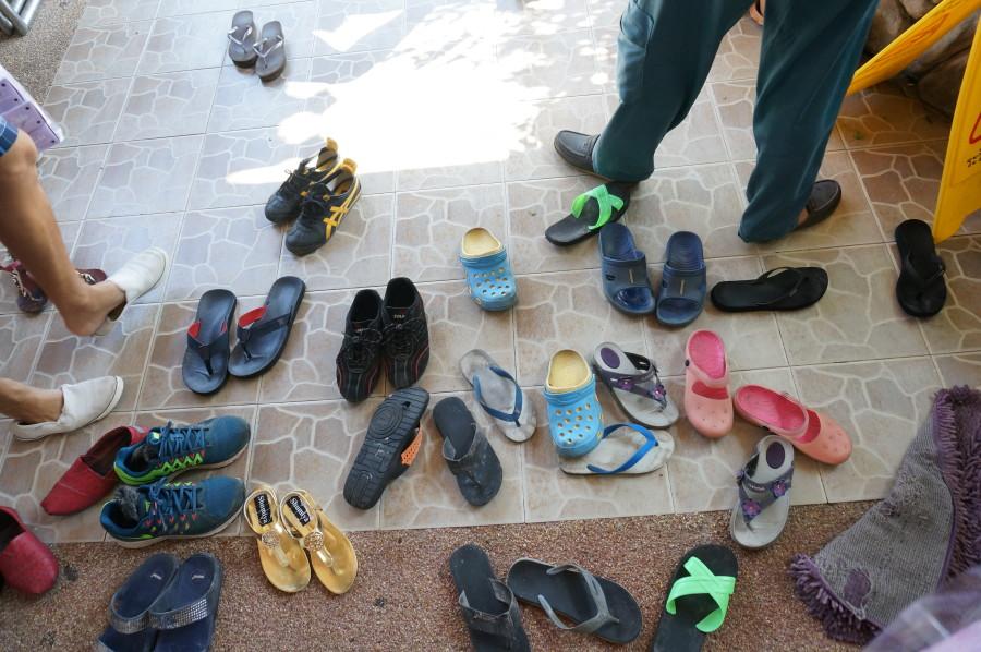 Thai shoes at door