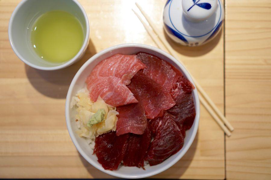 tuna belly restaurant tsjuki fish market tokyo
