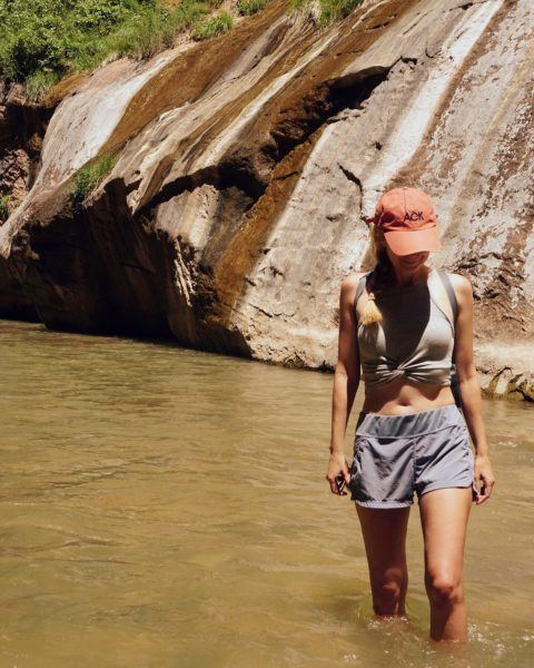 Best easy beginner hikes from Zion National Park including the narrows slot canyon river walk.